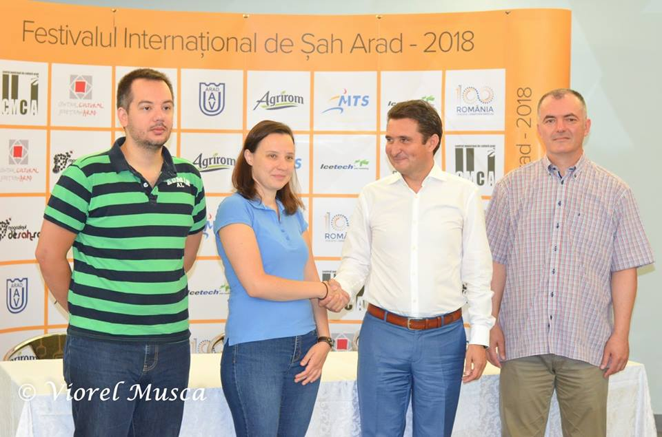 Jola i Dima grają w Arad Open!