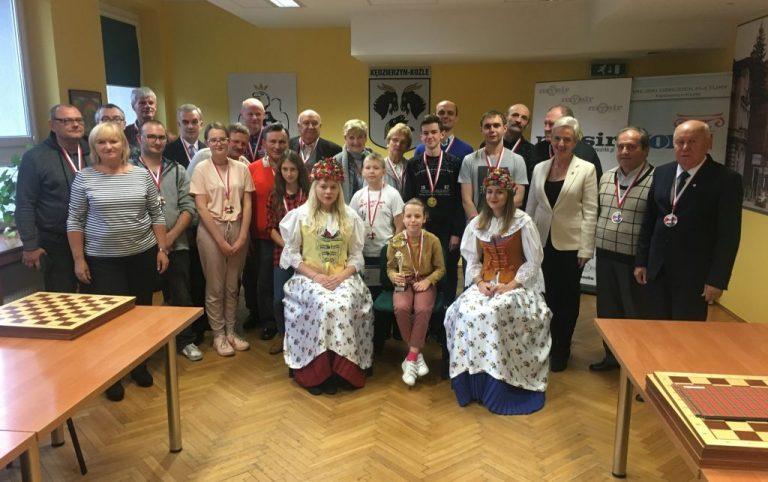 Poloniści grali w Pokrzywnej i Kędzierzynie-Koźlu!