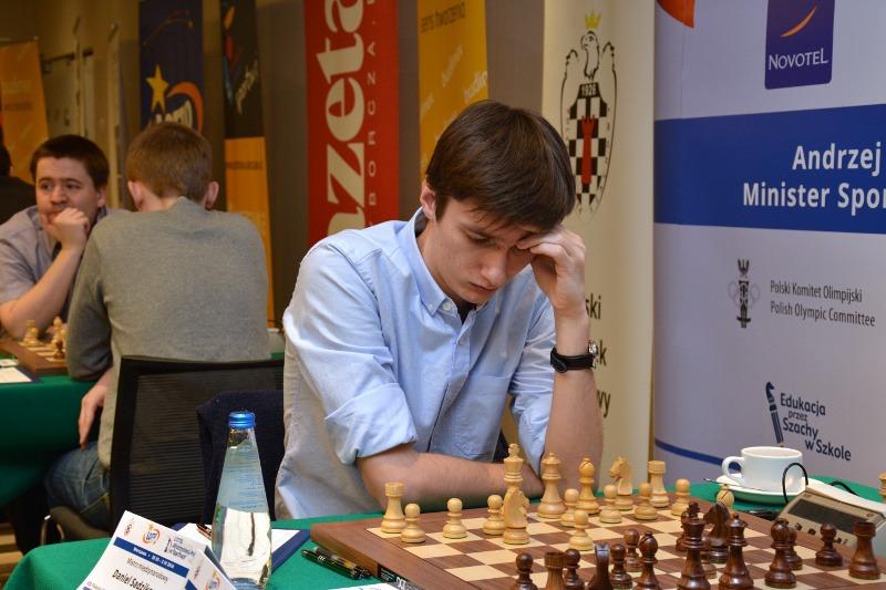Daniel Sadzikowski Lotto Mistrzostwa Polski 2014 -  zdjęcie pochodzi ze strony www.pzszach.pl/mp2014/